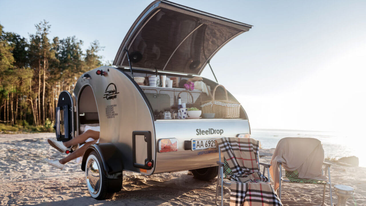 Prodej karavanů - Karavan SteelDrop 6